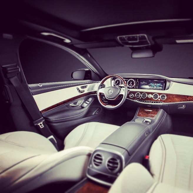 elClaxon Mercedes Clase S interior coche de lujo Barcelona