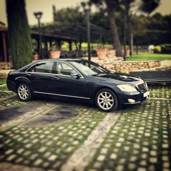 elClaxon Mercedes Clase E coche de lujo Barcelona
