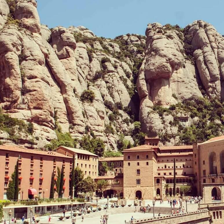 Visita Montserrat en autocar