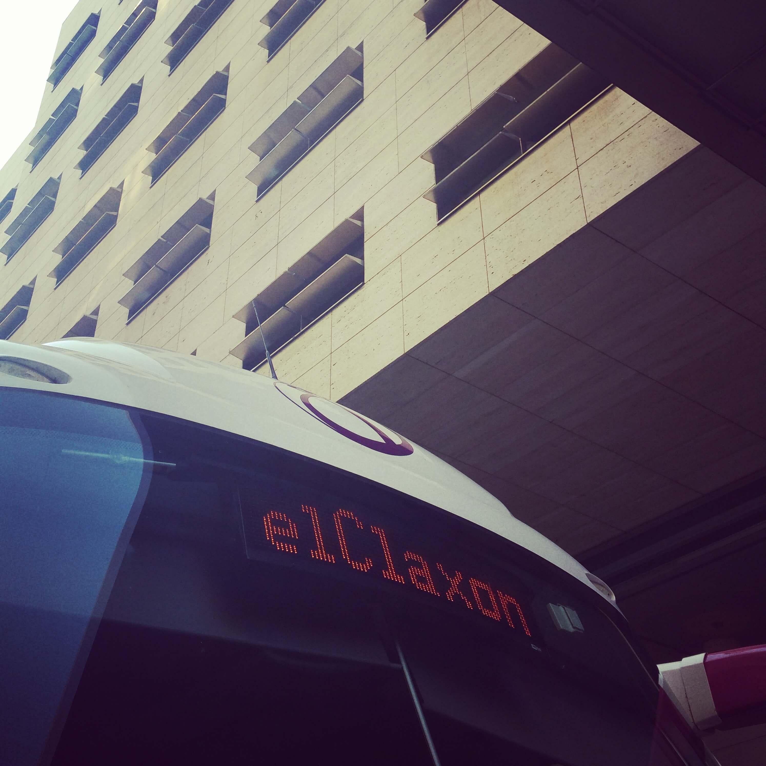 Necesito alquilar un autocar en Barcelona
